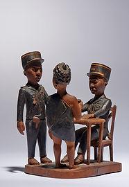 statue colon Madagascar art tribal