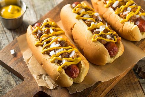 homemade-detroit-style-chili-dog-KU4T2XQ