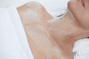 Pro Firm Neck + Skin @ Essenz for Skin
