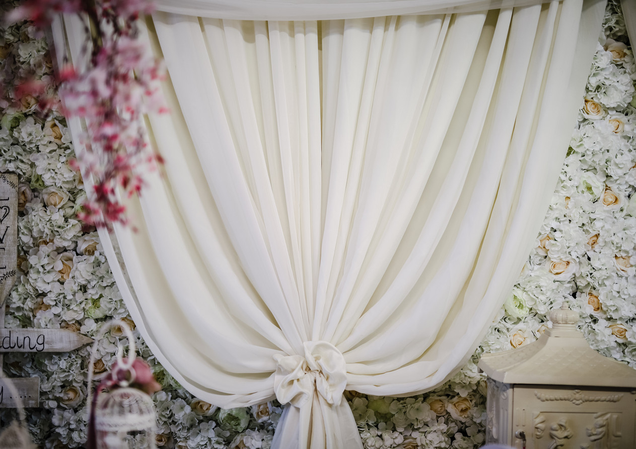 Draping / Flower Wall