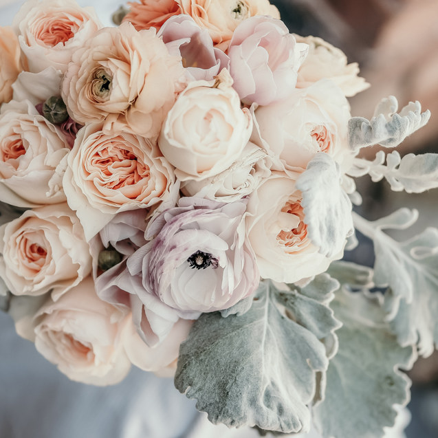SOFT ROMANTIC WEDDING BRIDAL BOUQUET