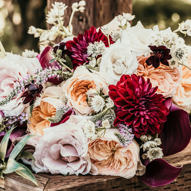 ROMANTIC FALL WEDDING BOUQUET