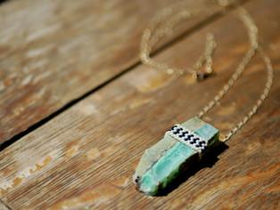 chrysoprase beaded pendant