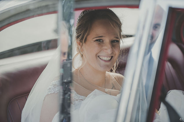 Mariée en voiture