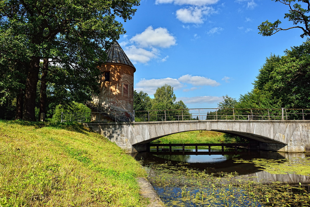 Государственный музей-заповедник Павловск, Пиль-Башня, Пильбашенный мост