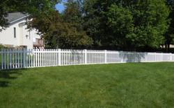 Columbia Picket Vinyl Fence