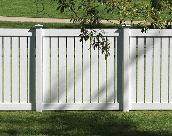 Jackson Semi-Privacy Vinyl Fence