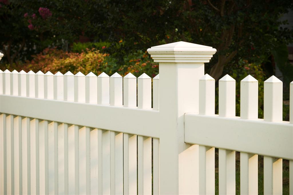Lexington Picket Vinyl Fence