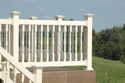 Traditions Series 120 Vinyl Railing