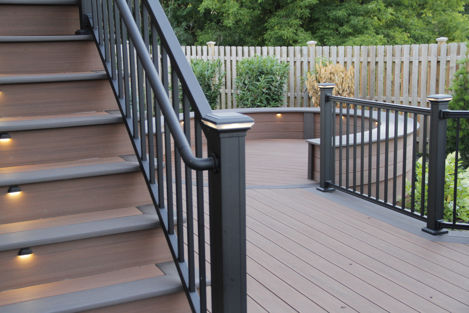 Placid Point Aluminum Deck Lighting