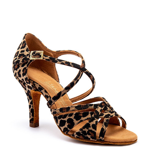 Mia - Леопард