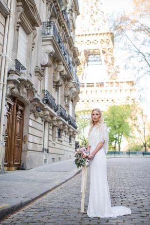 Destination wedding photographer Paris b