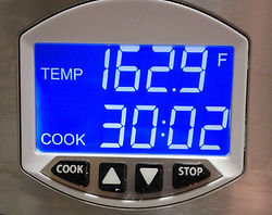 digital display with precise temperature control