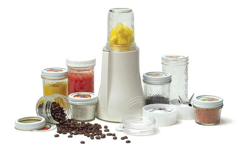 Personal Blender Fruit Blending on the go blade glas mason jars
