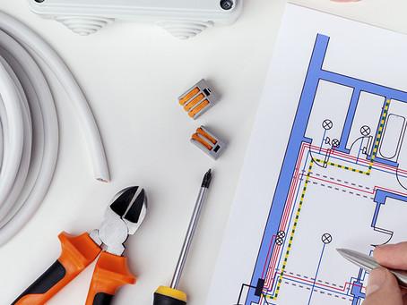 O que devo saber ao planejar uma instalação elétrica?