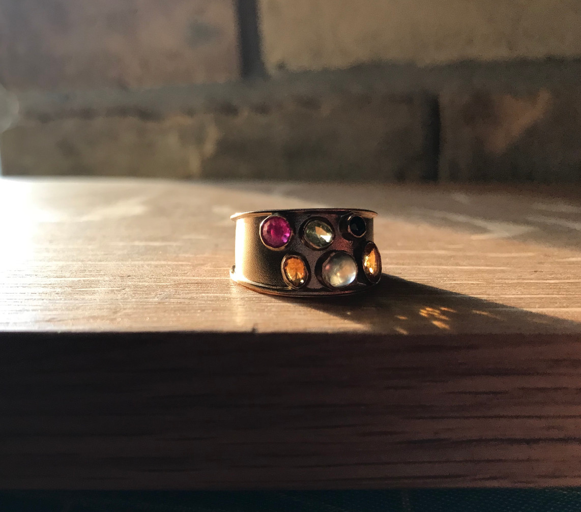 Sapphires and Yellow Gold Band