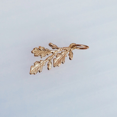 Solid Gold Oak Leaf Pendant