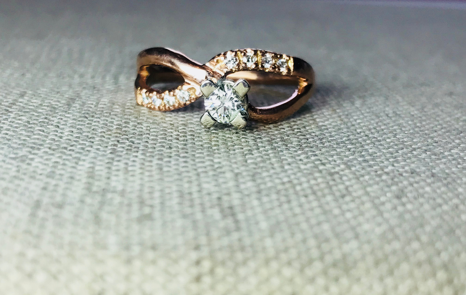 Diamonds and Rose Gold Infinity Band