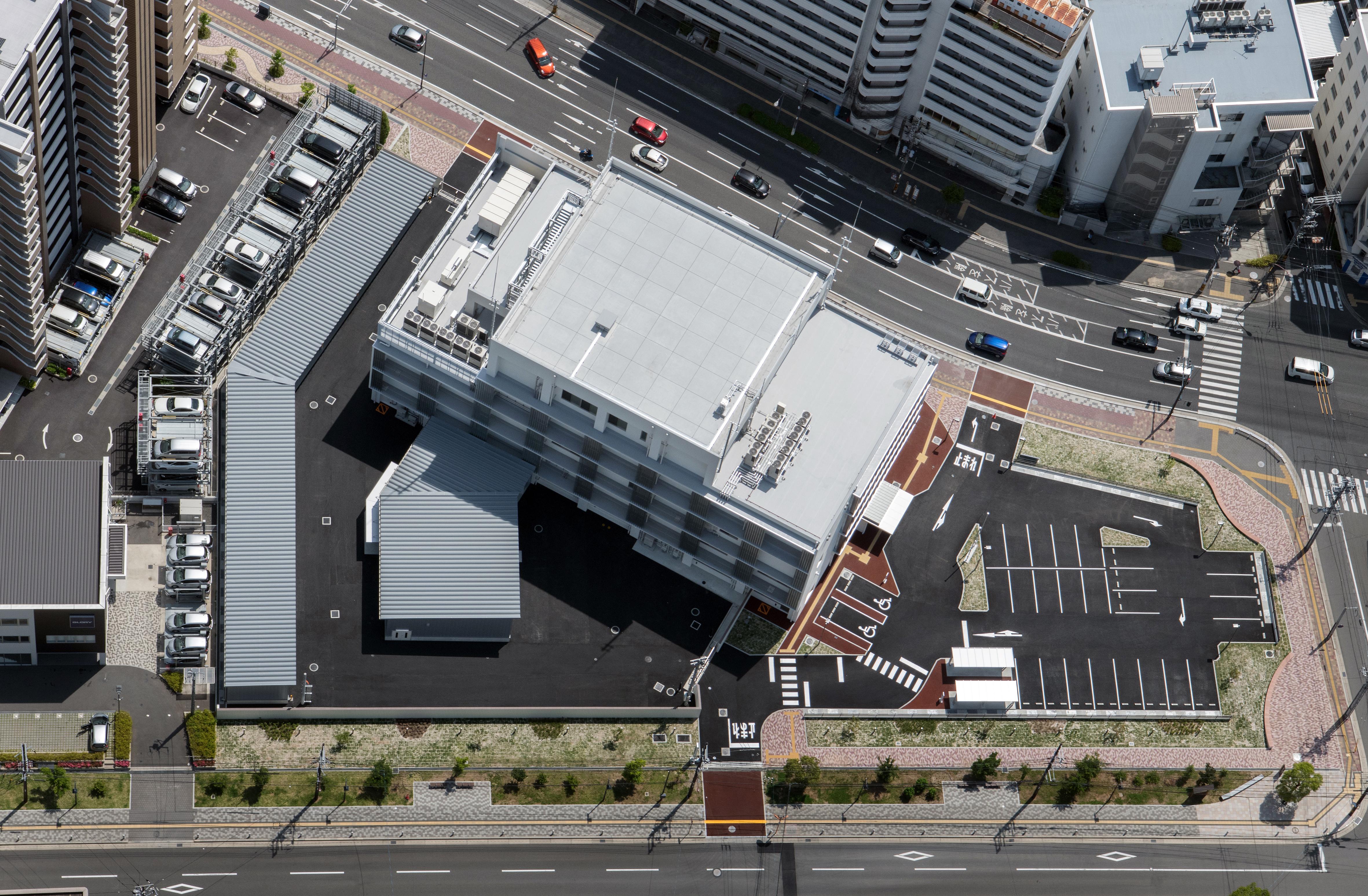01 広島東警察署庁舎 航空写真