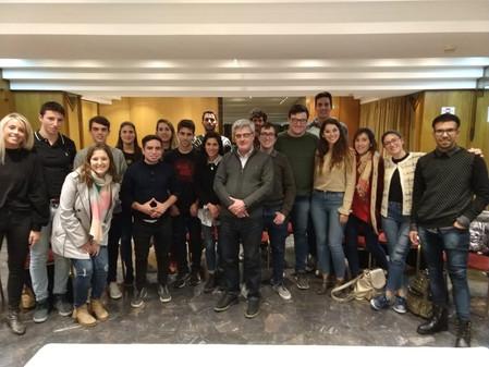 Opinión pública en Joven Argentina