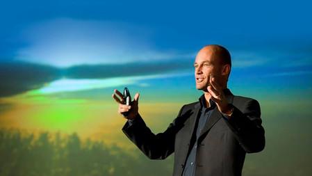 La FNGA + Bertrand Piccard. La innovación en Energías Renovables