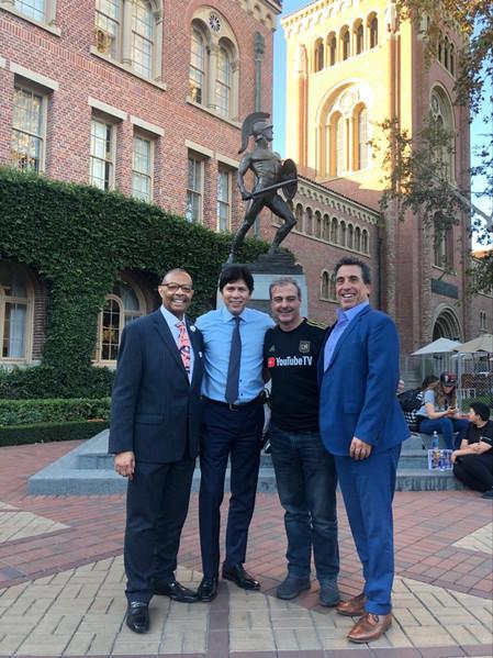 La FNGA en Los Ángeles: Universidad del Sur de California