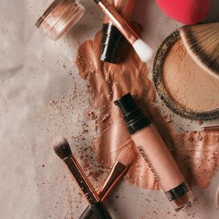 makeup-beauty-flatlay.jpg