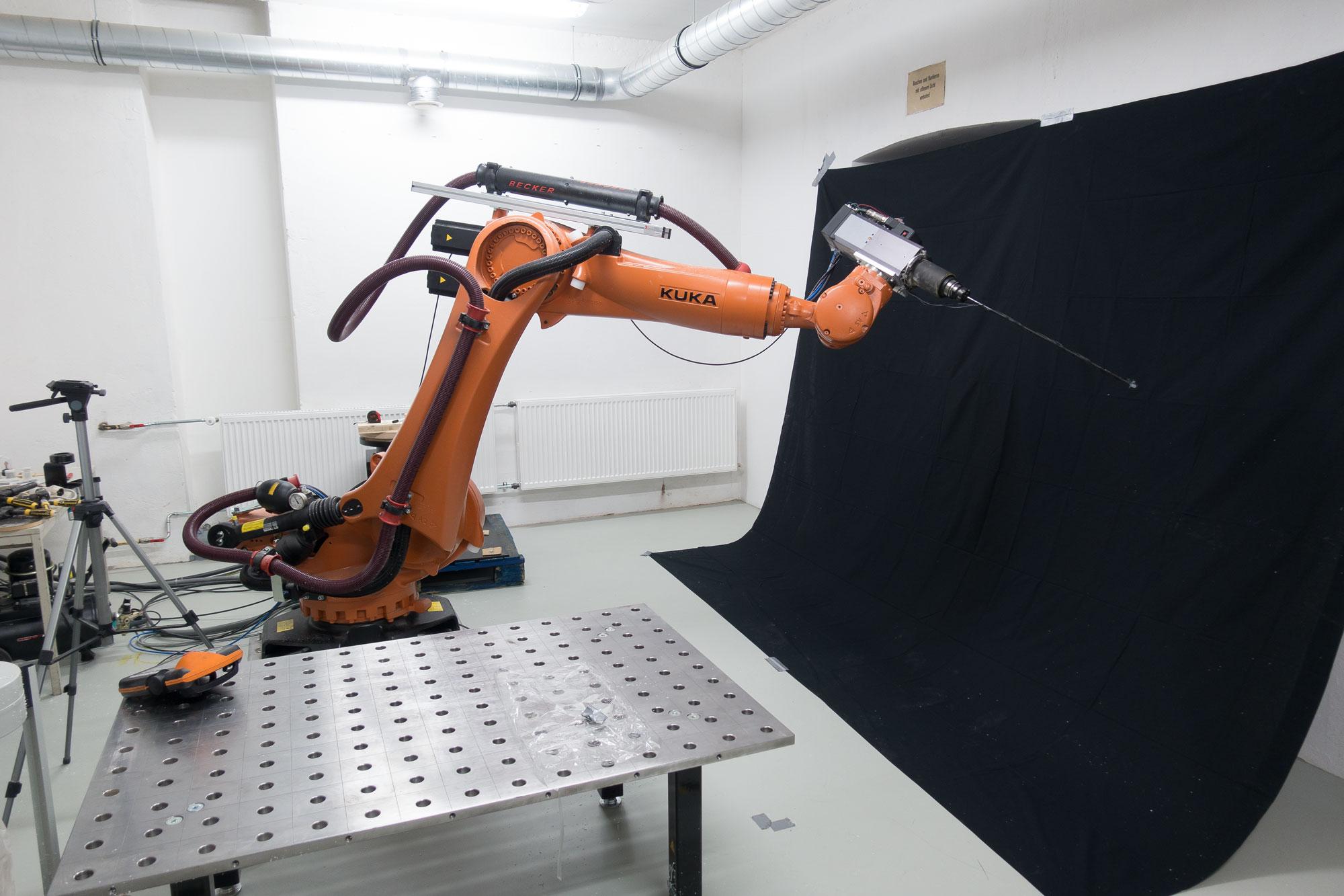 KUKA ROBOT WIP