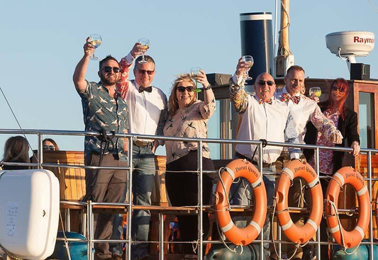 boat trips from the dorset queen