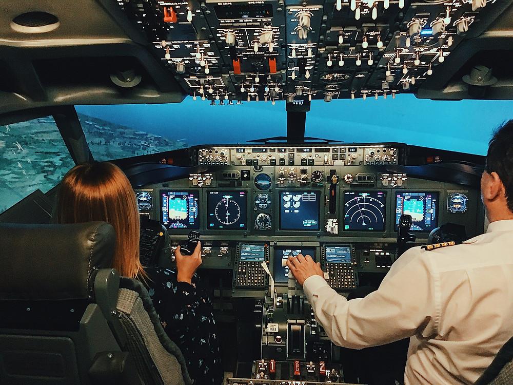 طائرة روبت للسائح الراغب في قيادة الطائرة في روسيا