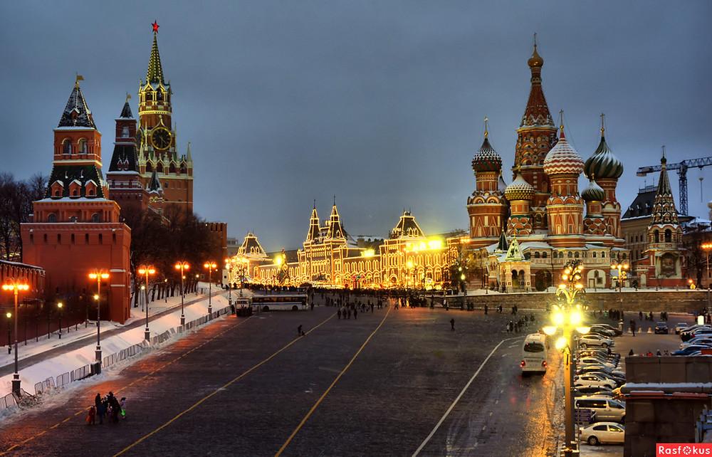 الميدان الاحمر في مدينة موسكو