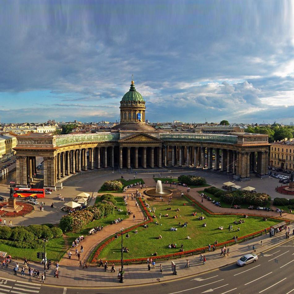 كاتدرائية كازان في مدينة سانت بطرسبورغ