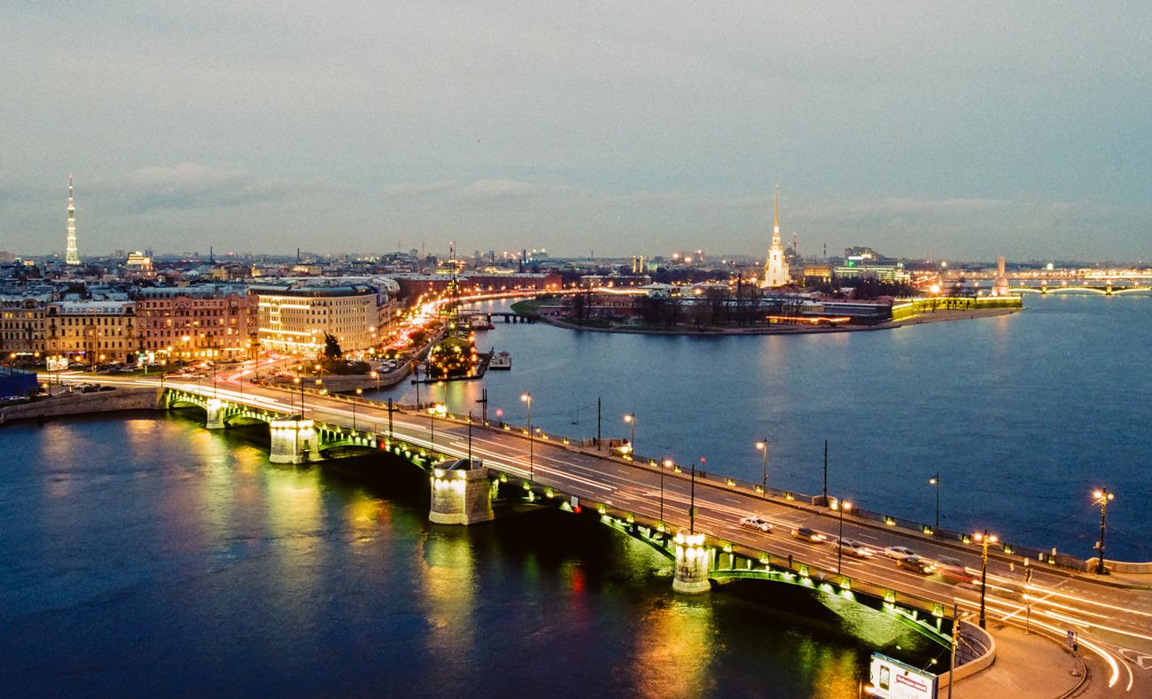 جسر في سانت بطرسبورغ