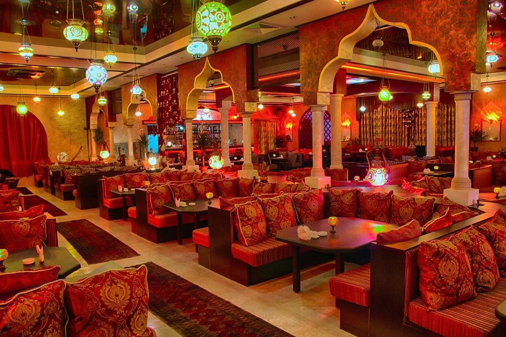 الهندسة والفن في ديكور المطعاعم الشرقية