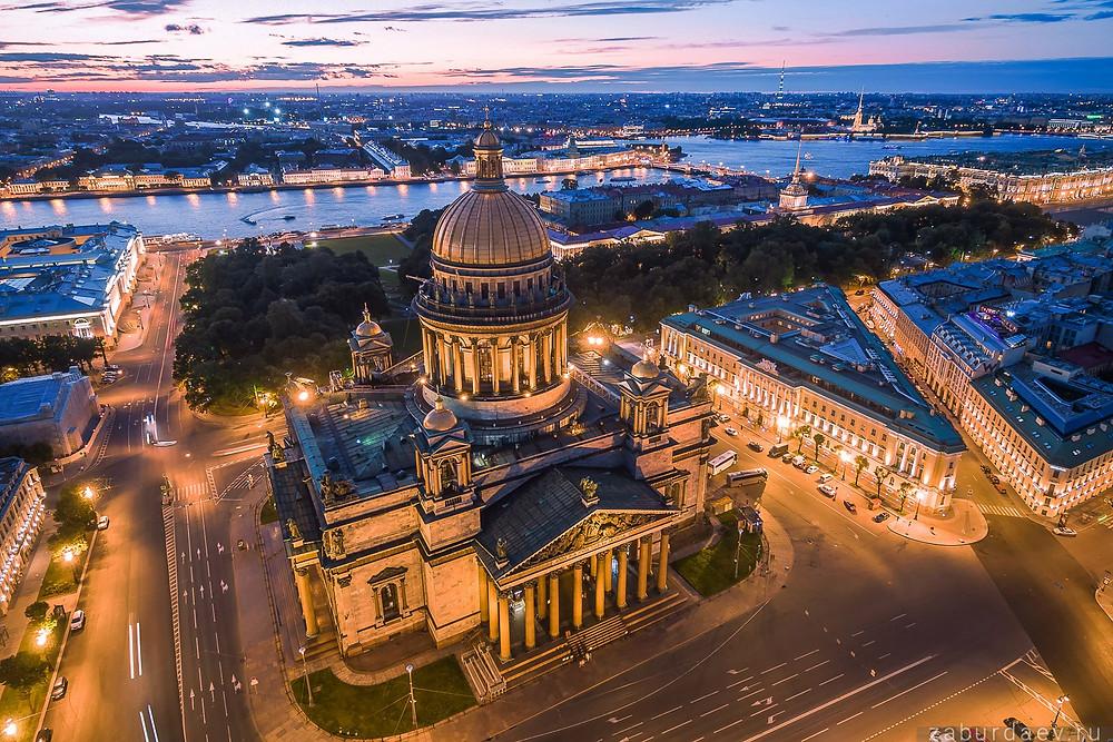 كاتدرائية اسجاق في مدينة سانت بطرسبورغ