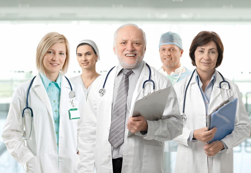 فريق طبي في اٍحدى مشافي روسيا