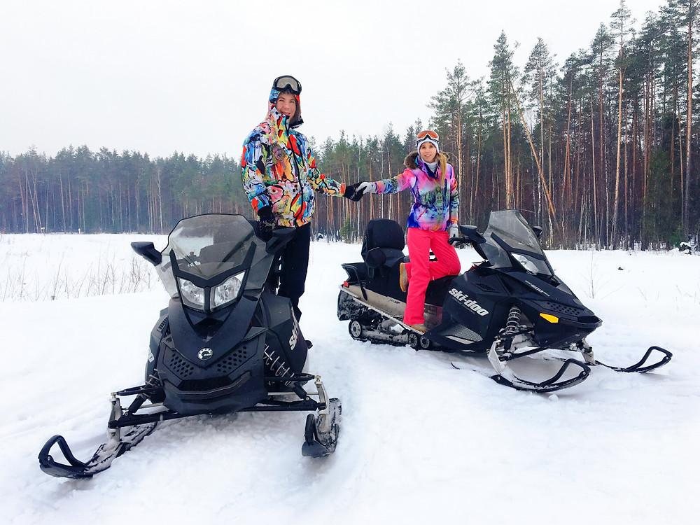 دراجات ثلجية للتزلج على الثلج في موسكو