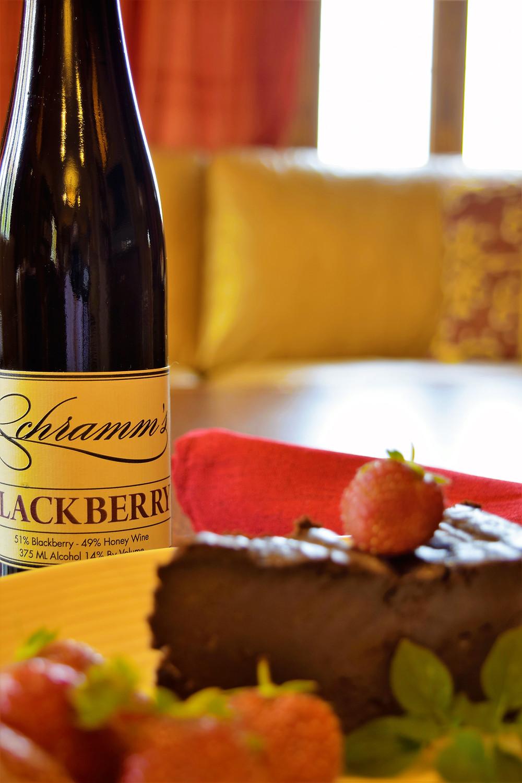 schramm's mead blackberry pairing chocolate cake