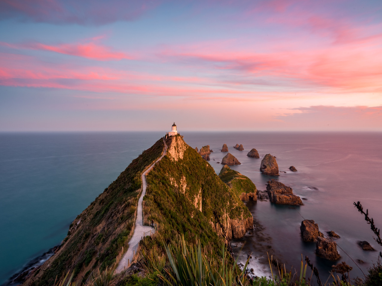 Sunset Nugget Point Lighthouse New Zealand NZ The Catlins