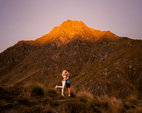 Ben Lomond Hike Sunrise Queenstown NZ