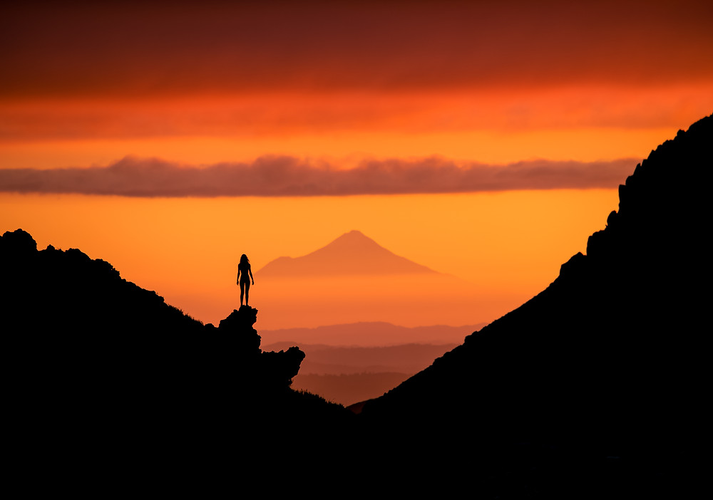 Tongariro Alpine Crossing Sunset view of Mount Taranaki Viewpoint