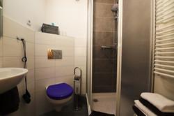 Bad des blauen Zimmers