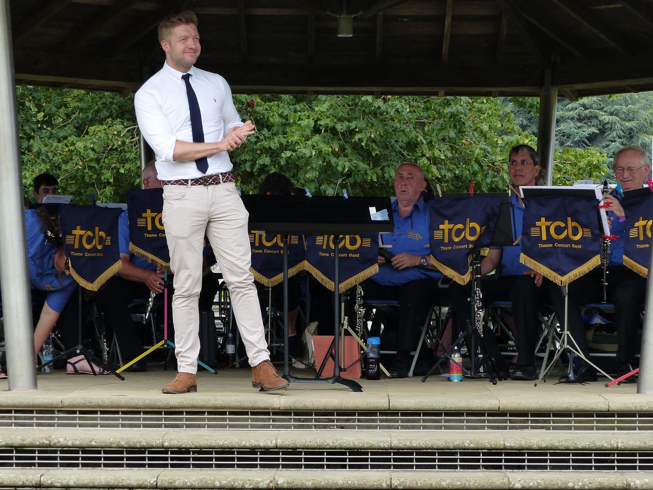 Henley bandstand 2019 [1].JPG
