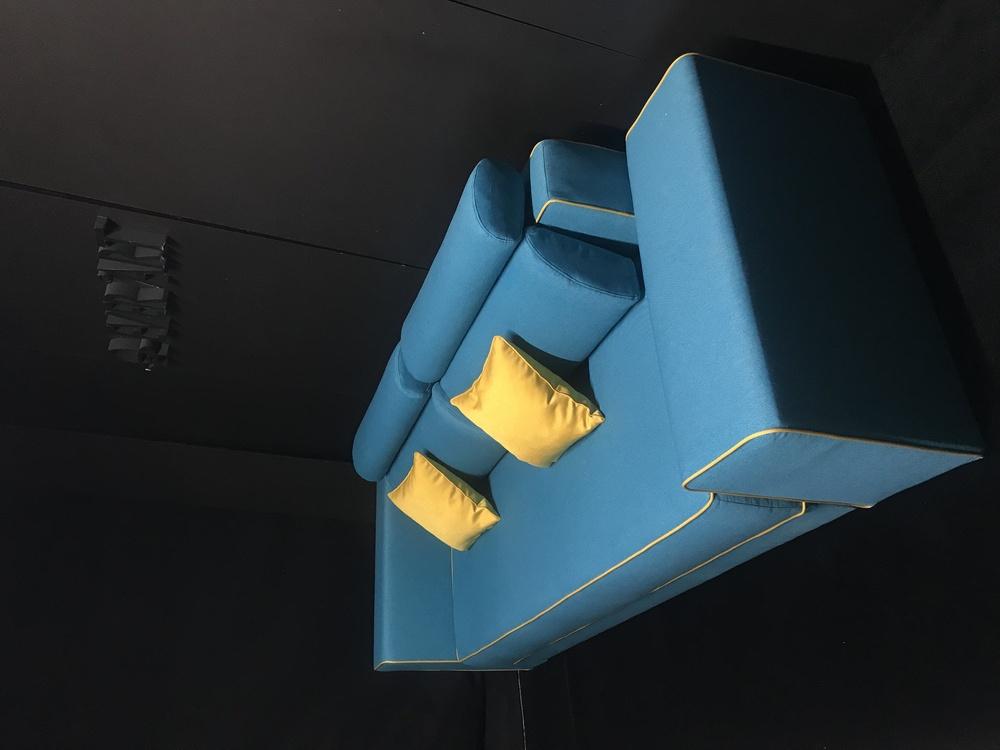 Canapea Cameron albastra extensibila