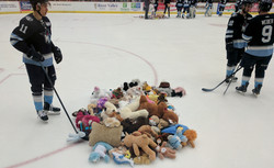 Capitols Teddy Toss, Jan. 17, 2017