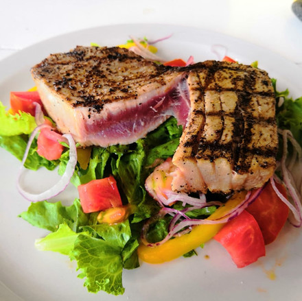 Grilled Tuna (rare) on salad