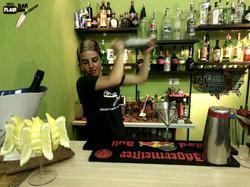 Curso de barman en Ibiza, bartender school cocktail bar service Ibiza