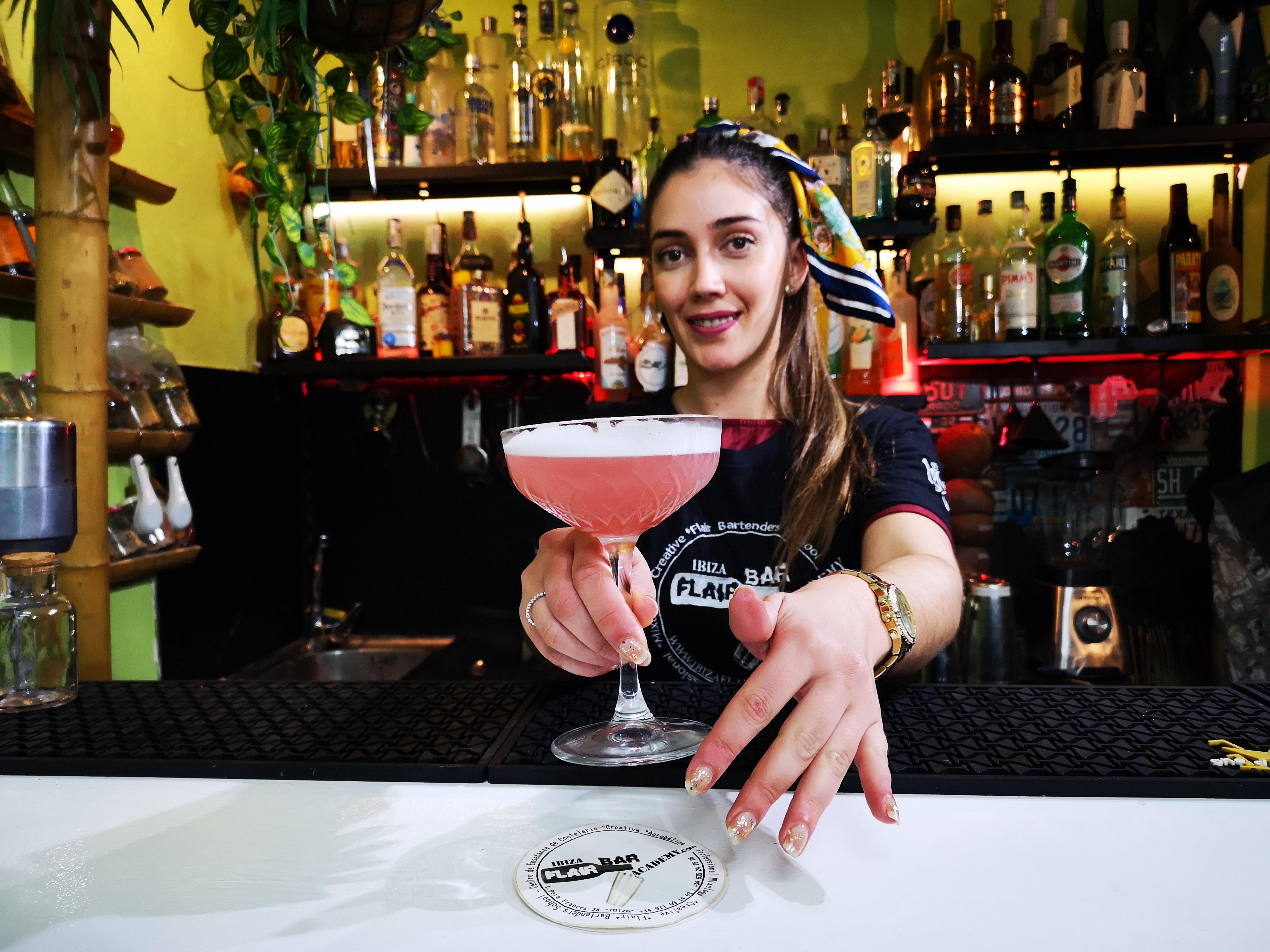 curso de cocteleria en ibiza, bartender