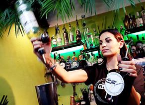 La emoción de hacer el primer cocktail