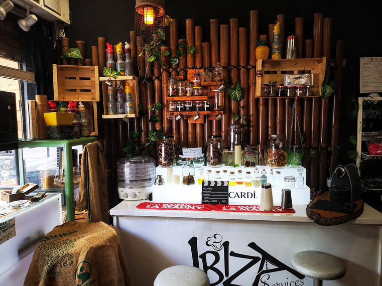 Curso de cocteleria en ibiza, bartenders